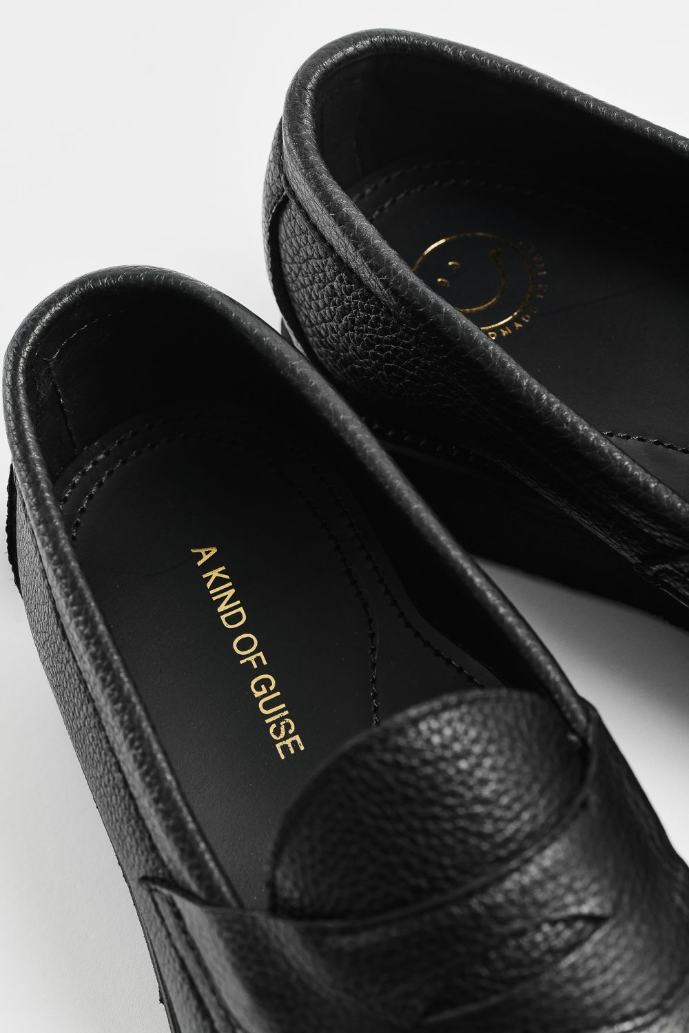 Crepe Loafer – A Kind of Guise